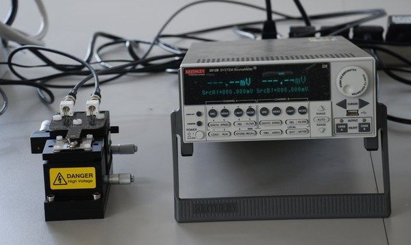 Four-Point Probe Testing Unit